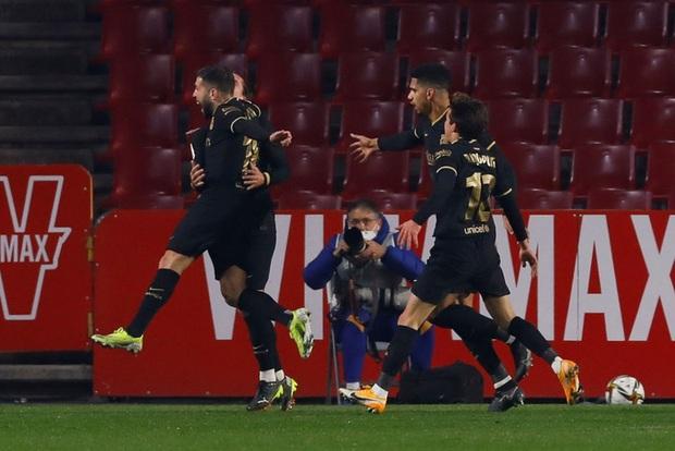 Messi cùng đồng đội ngược dòng không tưởng ở Cúp nhà Vua Tây Ban Nha - Ảnh 6.