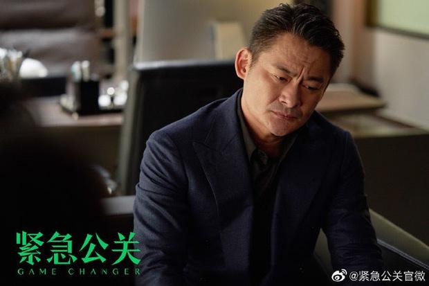 """Muốn """"lật kèo"""" scandal tình ái, học ngay Huỳnh Hiểu Minh bí kíp dập tắt dư luận trong chốc lát! - Ảnh 9."""