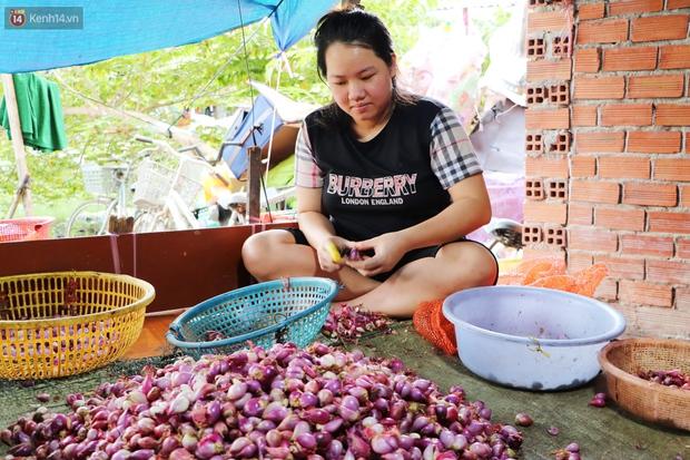 Có một xóm cay mắt của người miền Tây giữa lòng Sài Gòn: Tụi tui tính về quê mà không đủ tiền, Tết này ở đây thôi - Ảnh 5.