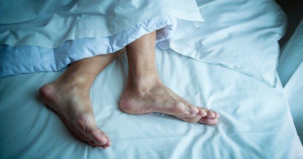 4 hiện tượng xuất hiện vào ban đêm ngầm cảnh báo gan đang bị tổn thương nghiêm trọng - Ảnh 3.