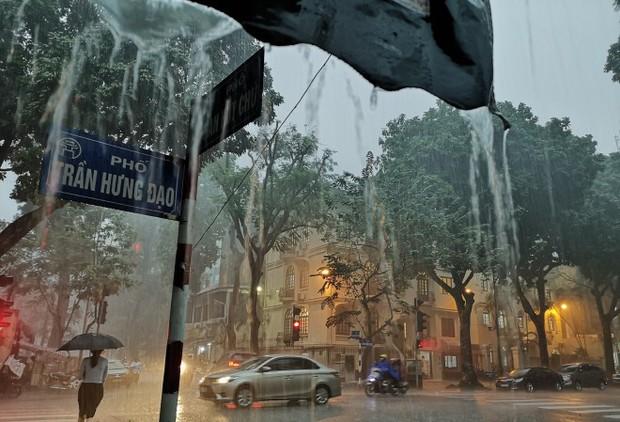Miền Bắc đón đợt mưa lớn vào 27-28 Tết - Ảnh 1.