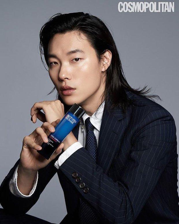 5 sao nam lột xác visual nhờ để... tóc dài: Jungkook - Lee Dong Wook đẹp như tiên tử, đến Lee Jong Suk lại muốn ngã ngửa - Ảnh 18.