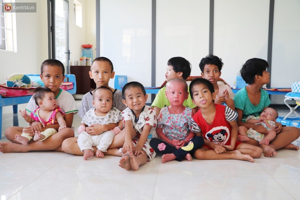 Gặp những đứa trẻ bị bỏ rơi trong Trung tâm bảo trợ ngày cận Tết: Con ước có cha, có mẹ... - Ảnh 1.