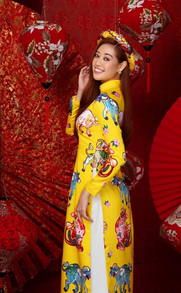 Kim Duyên bị soi dao kéo vì mặt đơ cứng, Thuý Vân hậu sinh nở vẫn chặt đẹp dàn mỹ nhân HHHV trong bộ ảnh đón Xuân - Ảnh 4.