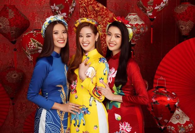 Kim Duyên bị soi dao kéo vì mặt đơ cứng, Thuý Vân hậu sinh nở vẫn chặt đẹp dàn mỹ nhân HHHV trong bộ ảnh đón Xuân - Ảnh 2.