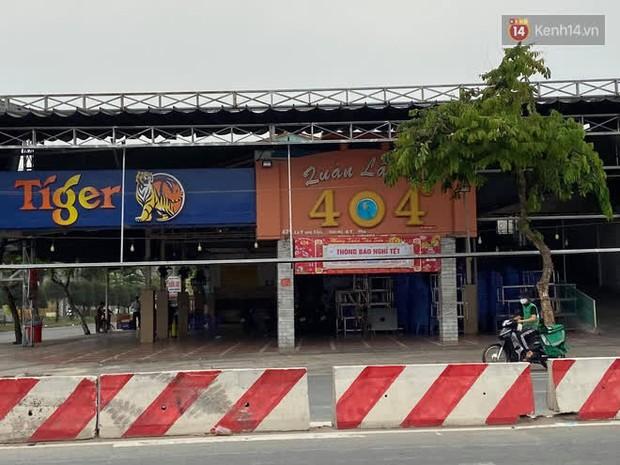Quán cà phê The Coffee House, quán ăn, lẩu dê ở TP.HCM bị phong toả vì nhân viên sân bay Tân Sơn Nhất mắc Covid-19 từng đến - Ảnh 4.