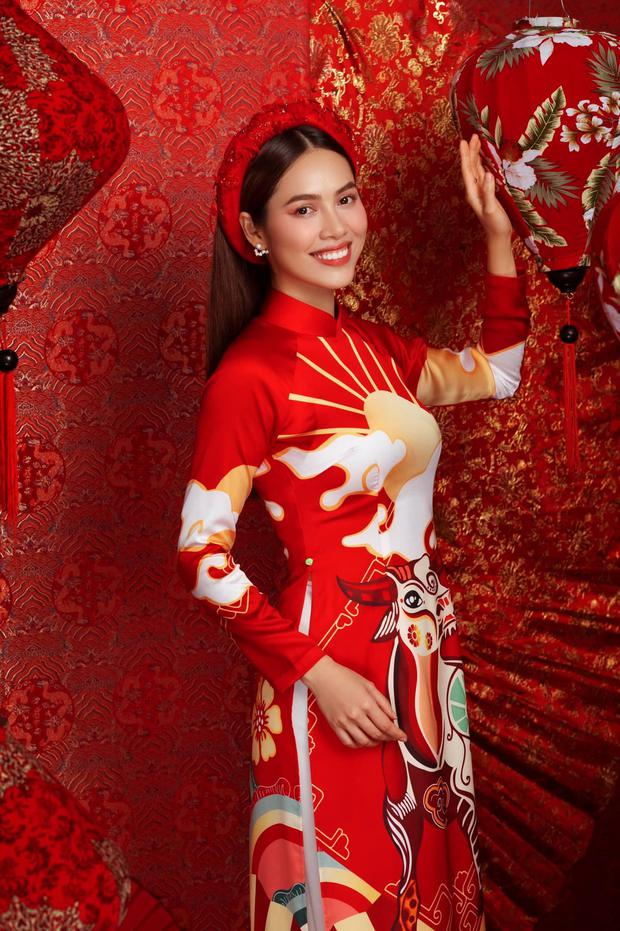 Kim Duyên bị soi dao kéo vì mặt đơ cứng, Thuý Vân hậu sinh nở vẫn chặt đẹp dàn mỹ nhân HHHV trong bộ ảnh đón Xuân - Ảnh 8.