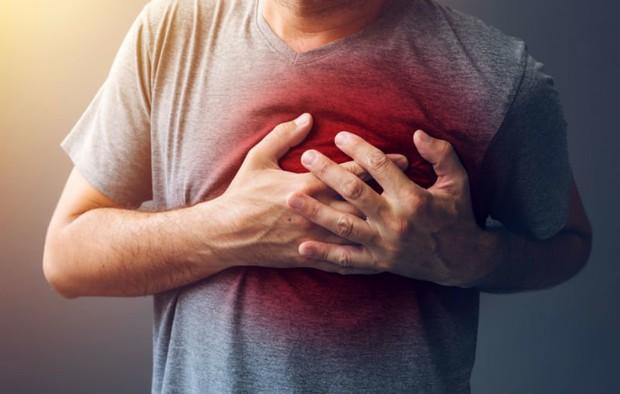 Nếu mắc ung thư phổi, cơ thể bạn sẽ xuất hiện 4 triệu chứng bất thường cần đặc biệt chú ý - Ảnh 2.