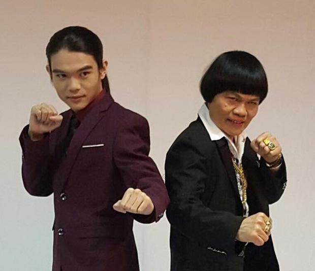 Cuộc sống giàu sang của nam phụ xấu nhất lịch sử phim Châu Tinh Trì: Gia tài bạc tỷ, đi siêu xe thưởng Tết cho nhân viên - Ảnh 11.