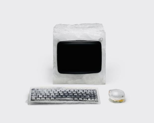 Nhân viên Google dìm hàng Apple khi ngồi thiết kế lại máy tính Mac với vật liệu làm từ mật ong, đá và... mỡ lợn - Ảnh 4.