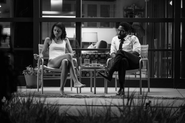 Malcolm & Marie: Vào mà xem gái trẻ Zendaya trổ mã cực nuột, vừa ngoạc mồm cãi lộn đã tình tứ ngọt lịm bên nam tài tử Tenet - Ảnh 6.