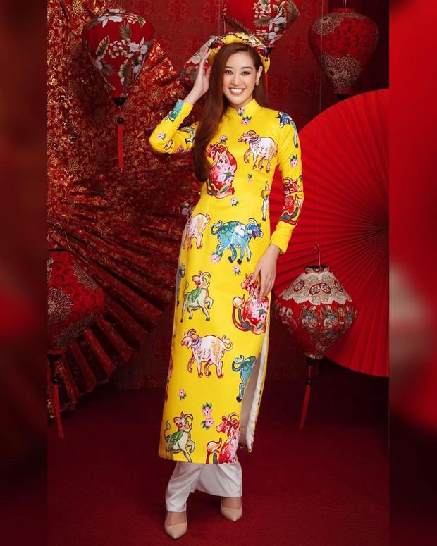 1001 sắc thái áo dài của mỹ nhân Việt ngày cận Tết, từ cách tân mới mẻ đến truyền thống đều có đủ - Ảnh 3.