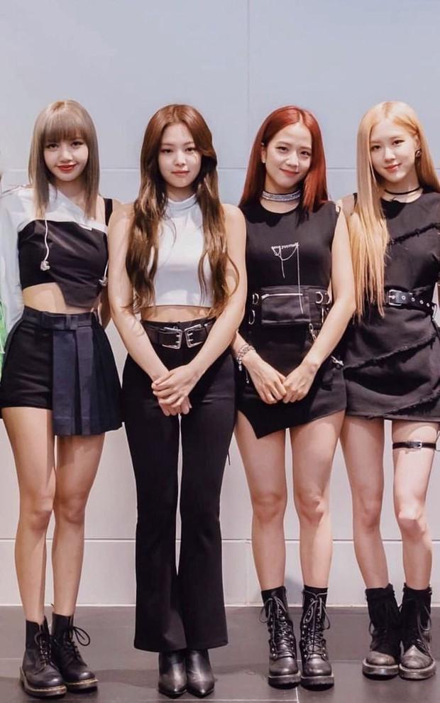 """BLACKPINK là girlgroup có body đỉnh nhất Kpop: Đứng 1 mình được """"phong thánh"""", bên nhau thành đỉnh của chóp - Ảnh 19."""