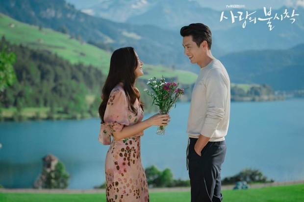 Ban biên tập khét tiếng xứ Hàn tổng kết phim ảnh 2020: Đôi Hyun Bin - Son Ye Jin hụt giải quan trọng, Park Bo Gum gây thất vọng - Ảnh 9.