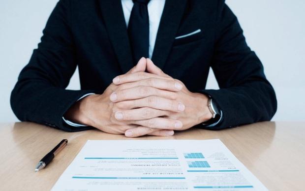 Nhà tuyển dụng hỏi: Họ của bút chì là gì?, nam sinh chỉ trả lời 1 từ lập tức được mời đi làm, khen ngợi IQ cao - Ảnh 3.