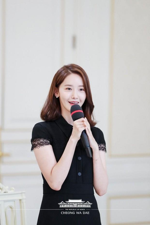Knet khó tính cũng phải công nhận Nhà Xanh là... masternim đỉnh nhất Kpop, nhìn ảnh chụp nữ thần Yoona - Suzy, BTS và cả dàn idol là đủ hiểu! - Ảnh 11.