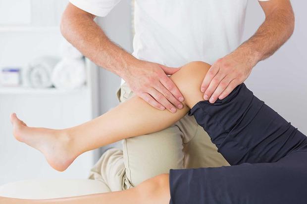 Nữ giới bắt đầu già đi sẽ có 3 dấu hiệu xuất hiện ở phần dưới cơ thể, kiểm tra xem bạn còn trẻ hay không - Ảnh 2.