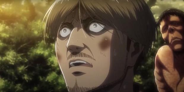 9 màn hi sinh xé lòng ở anime Attack on Titan: Mẹ nam chính bị vợ cũ của chồng nuốt chửng, thành viên cộm cán bị bắn chết vô lý! - Ảnh 6.
