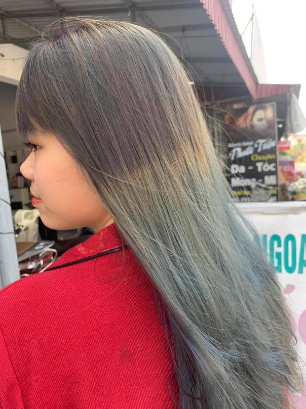 Góc trầm cảm vì nhuộm tóc: Order tóc xám khói, cô nàng này nhận ngay được bộ tóc vệt nắng cuối trời - Ảnh 3.