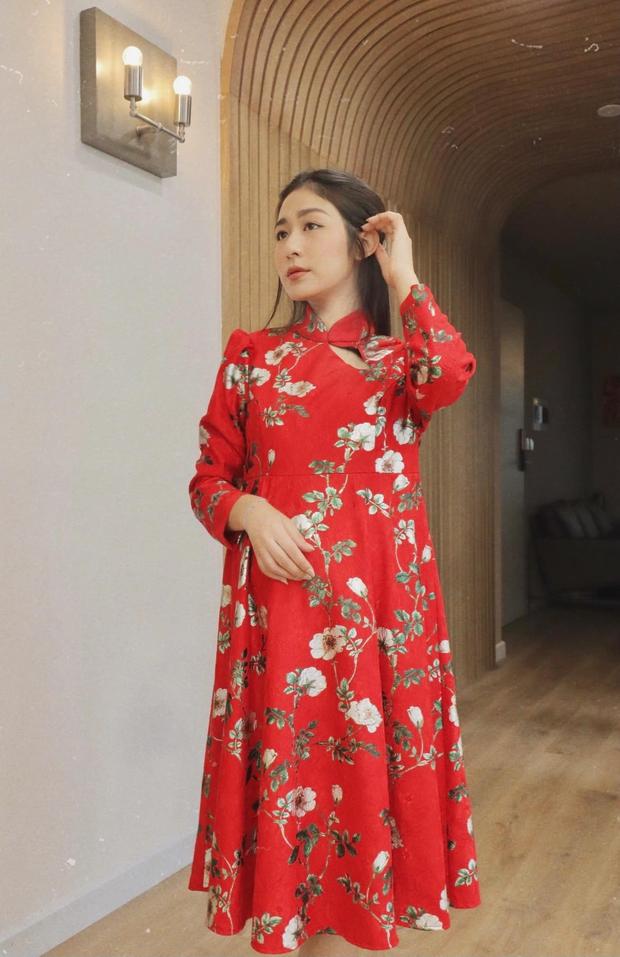 Dàn gái xinh rủ nhau đổi mood dịu dàng đón Tết: Gì thì gì, con gái Việt mặc áo dài vẫn là đẹp nhất! - Ảnh 3.