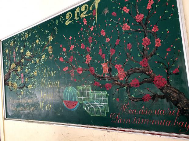 Chỉ sau 3 tiếng đồng hồ, cô giáo hô biến bảng xanh phấn trắng thành bức hoạ chúc mừng năm mới tuyệt đẹp - Ảnh 5.