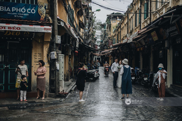 Hà Nội mưa rét nốt hôm nay rồi trưa 30 Tết là nắng ấm - Ảnh 1.