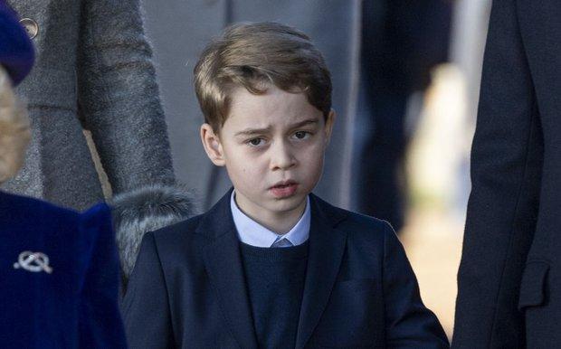 Đức Vua tương lai của Hoàng gia Anh: Những khoảnh khắc thần thái ngất trời của Hoàng tử bé George, mới 7 tuổi nhưng đã ra dáng anh cả - Ảnh 5.