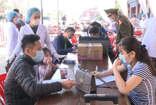 Thừa Thiên - Huế trả lời về thông tin cách ly toàn bộ người từ TP.HCM về - Ảnh 1.