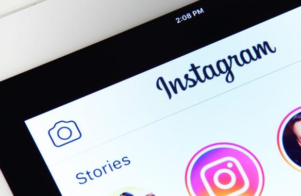 Lấy cảm hứng từ TikTok, mạng xã hội Instagram đang thử nghiệm tính năng vuốt dọc để xem Stories - Ảnh 1.