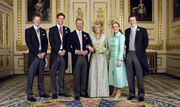 """Là """"người thứ ba bị ghét nhất nước Anh"""", Công nương Camilla có mối quan hệ dì ghẻ - con chồng như thế nào với anh em William - Harry? - Ảnh 3."""