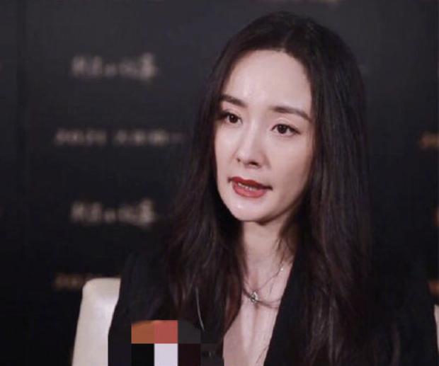 Đụng độ nhan sắc với Thảm hoạ Kim Ưng, Dương Mịch bỗng lộ visual xuống dốc với loạt khuyết điểm - Ảnh 8.