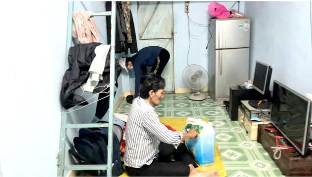 NS Thương Tín đã xuất viện sau 3 ngày đột quỵ, hình ảnh căn phòng trọ vỏn vẹn 20m2 tá túc cùng vợ gây xót xa - Ảnh 8.