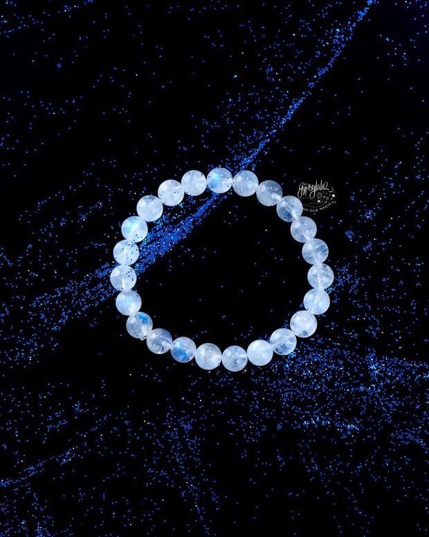 Muốn đường tình duyên nở rộ, 5 mệnh hãy sắm trang sức mang những loại đá phong thủy này - Ảnh 7.