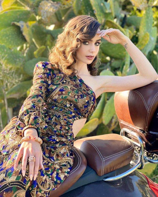 Thảm đỏ lạ nhất lịch sử Golden Globes: Harley Quinn dừ chát, Gal Gadot đẹp mê mẩn, nhìn Lily Collins còn choáng hơn - Ảnh 4.