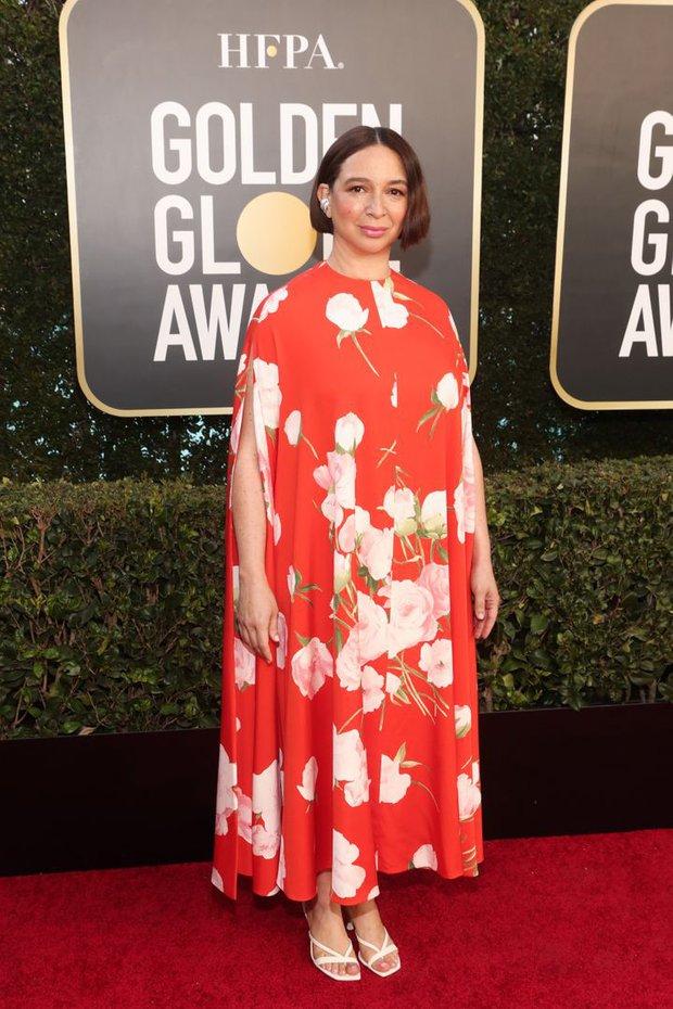 Thảm đỏ lạ nhất lịch sử Golden Globes: Harley Quinn dừ chát, Gal Gadot đẹp mê mẩn, nhìn Lily Collins còn choáng hơn - Ảnh 14.