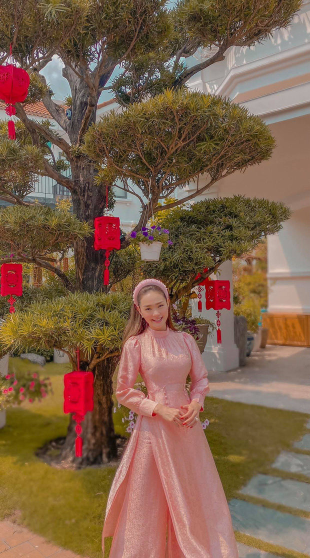 Minh Hằng dành 17 năm thanh xuân để lột xác: Từ bé Heo bị netizen tố phẫu thuật hỏng đến visual nữ thần gây bão xứ Trung - Ảnh 22.