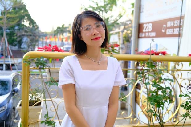 Thơ Nguyễn: Tốt nghiệp cử nhân Luật, kiếm hàng chục tỷ từ YouTube, từng chịu làn sóng tẩy chay dữ dội - Ảnh 1.