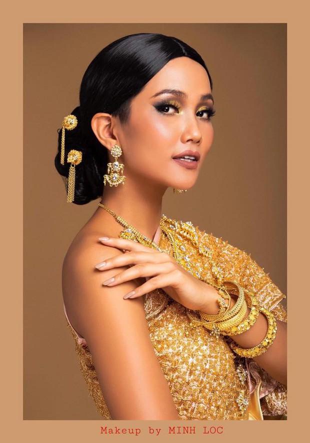 """Màn """"phù phép"""" đỉnh cao của Minh Lộc: Make up cho Nhã Phương - Đông Nhi ở đám cưới thế kỷ, giúp Lý Nhã Kỳ """"chặt chém"""" thảm đỏ Cannes - Ảnh 29."""