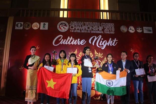 Gặp nữ sinh vô địch giải cờ vua châu Á, giành học bổng 3,3 tỷ đồng: Mình chưa hài lòng với mức điểm 7.0 IELTS - Ảnh 6.