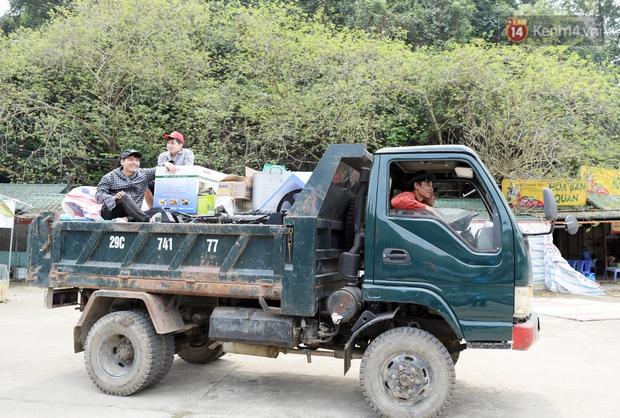 Chùm ảnh: Người dân phấn khởi dọn dẹp, chuẩn bị đò giang để chờ ngày đón khách trở lại Chùa Hương - Ảnh 10.