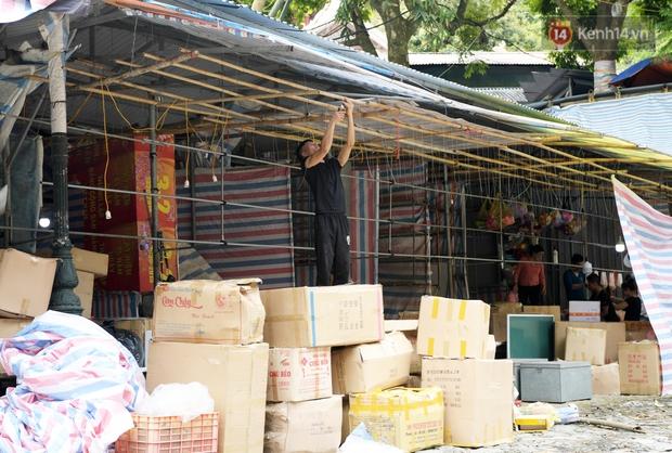 Chùm ảnh: Người dân phấn khởi dọn dẹp, chuẩn bị đò giang để chờ ngày đón khách trở lại Chùa Hương - Ảnh 14.