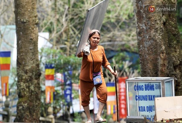 Chùm ảnh: Người dân phấn khởi dọn dẹp, chuẩn bị đò giang để chờ ngày đón khách trở lại Chùa Hương - Ảnh 17.