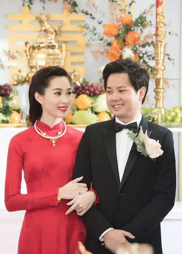 """Màn """"phù phép"""" đỉnh cao của Minh Lộc: Make up cho Nhã Phương - Đông Nhi ở đám cưới thế kỷ, giúp Lý Nhã Kỳ """"chặt chém"""" thảm đỏ Cannes - Ảnh 9."""