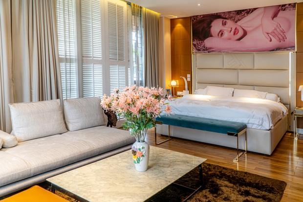 Hoa hậu lấy chồng đại gia có biệt thự rộng 1.200m2 giá 200 tỷ ở đất vàng quận 2 - Ảnh 11.