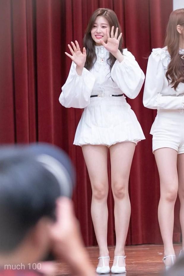 3 nữ idol hack dáng đỉnh nhất Kpop: Seulgi (Red Velvet) trông như 1m70, thánh body mới gây lú vì chiều cao ảo diệu - Ảnh 13.