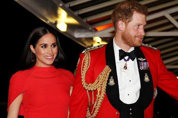 4 lý do để dù có ế tan tác, ế như một di tích cổ đại cũng đừng lấy chàng Hoàng tử như Harry - Ảnh 1.