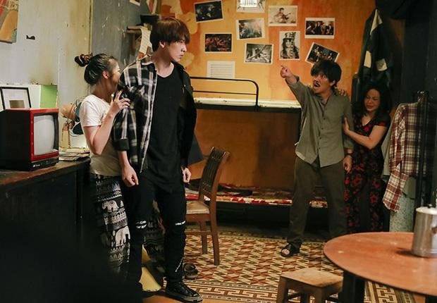 Bố Già điện ảnh vừa hốt 100 tỷ, bản web drama cũng vượt mặt phim Park Shin Hye đạt thành tích ấn tượng - Ảnh 3.
