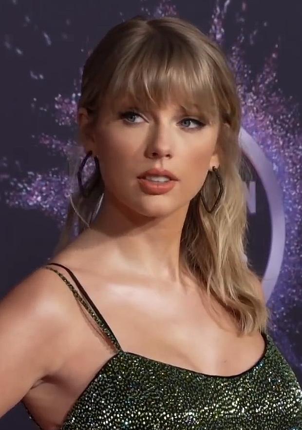 Nam ca sĩ chửi đổng GRAMMYs nhưng Taylor Swift bị đổ vỏ, Jennie (BLACKPINK) cũng bị réo tên? - Ảnh 7.