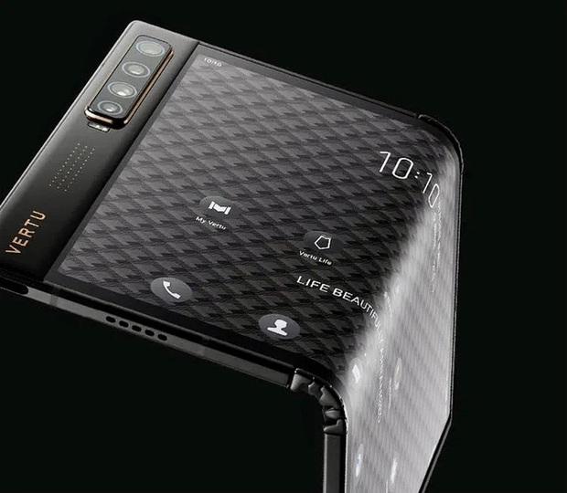 Vertu ra mắt điện thoại thông minh màn hình gập Ayxta Fold, nhìn mà xót hết cả ví - Ảnh 2.