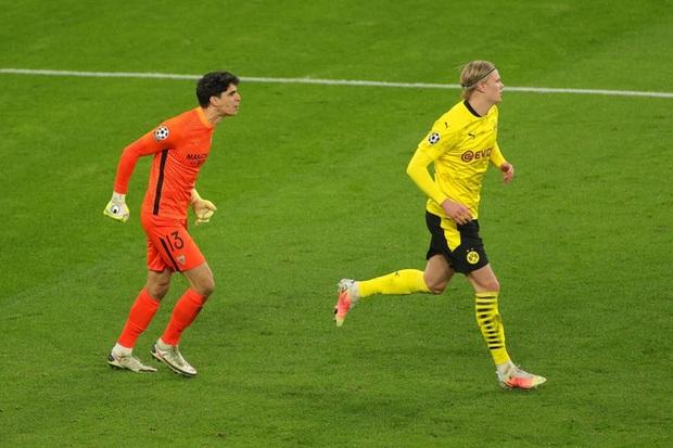 6 phút điên rồ ở Champions League - Ảnh 5.
